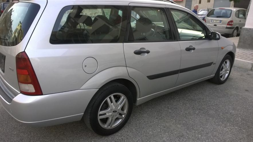 shitet ford focus 1.8 nafte 2001